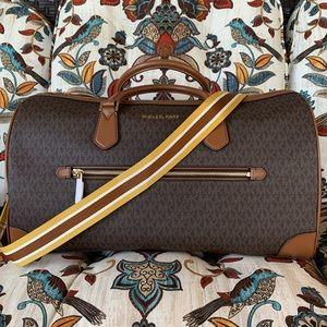 New MK travel bag 🍁